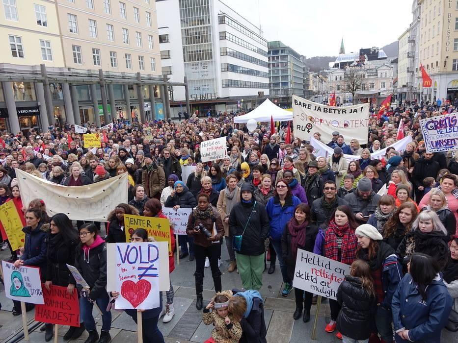 8.mars 2015, Torgallmenningen i Bergen