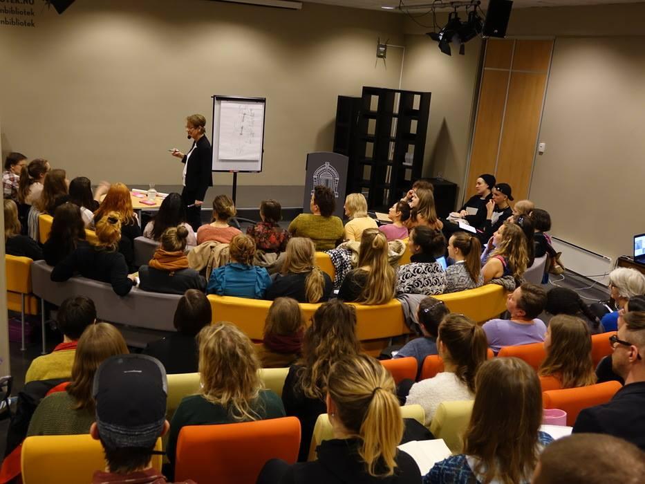 Gudrun Schyman  i  Bergen Offentlige Bibliotek 16. mars 2015