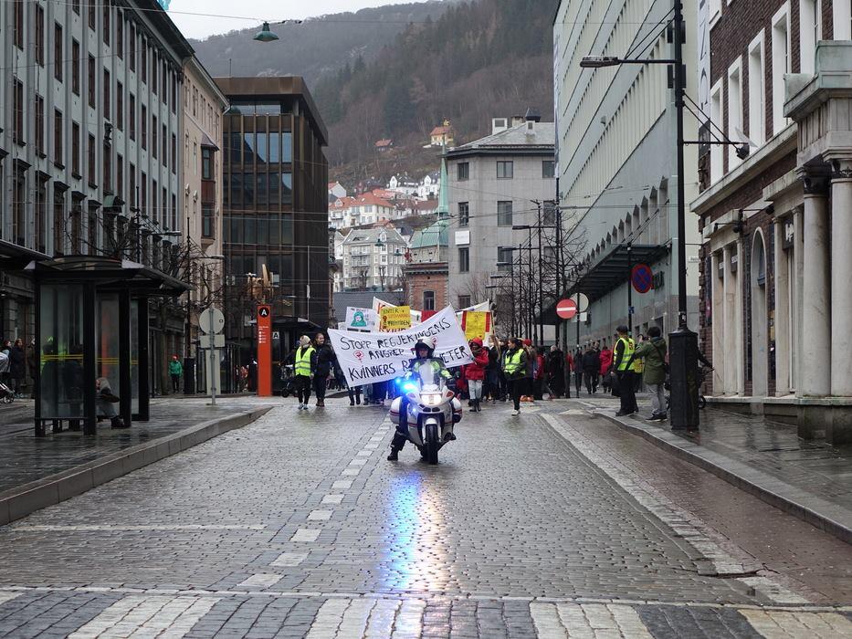 8.mars tog i Bergen, 2015