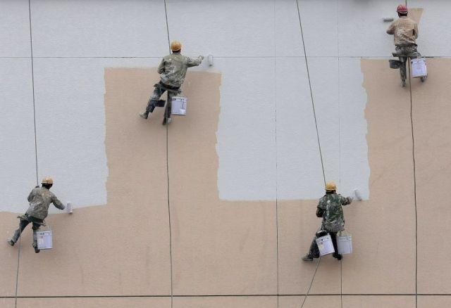 http://www.que.es/fotos/fotos/6557/20091214/53519-pintores-chinos.html
