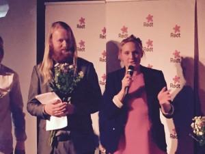 Fra Rødts valgvake. Nestleder i Rødt, Mari Eirfing holder takketale til rødts medlemmer for innsatsen i valgkampen. Foto: Vegard Velle