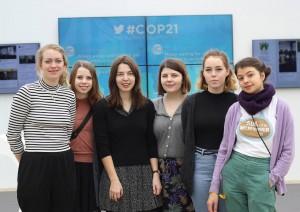 Jenter fra Oslo Natur og Ungdom: Ida Johanne Ringdal Johnsen, Matilde Clemetsen, Paulina Dubkov, Tora Fougner-Økland, Ane Volla, Clara Doupovec
