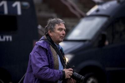 Oddbjørn Jonstad med kamera under demonstrasjonen. Foto: Researchkollektivet