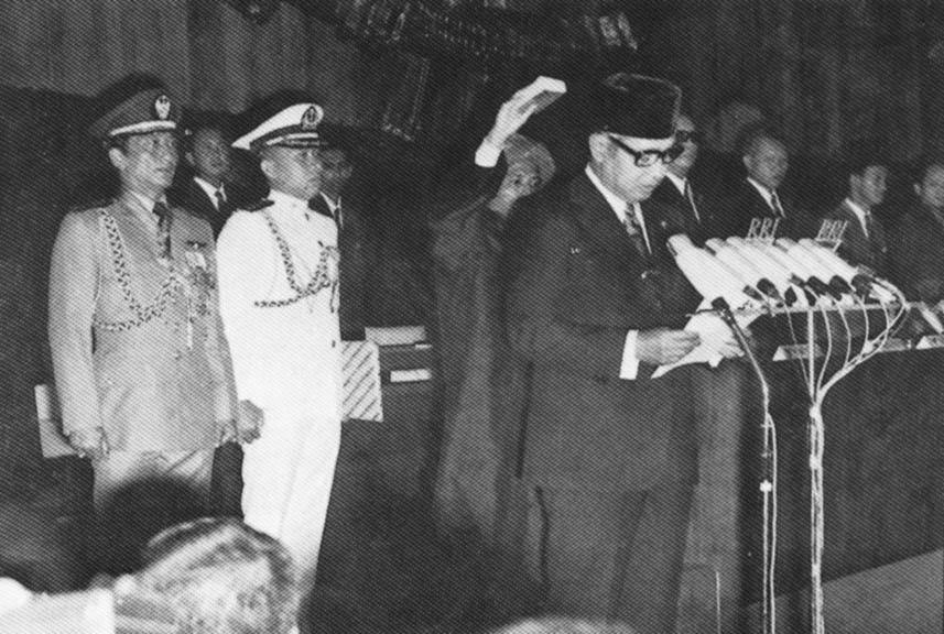 Suharto utnevnes til president i 1968. Foto: Indonesias informasjonsdepartement